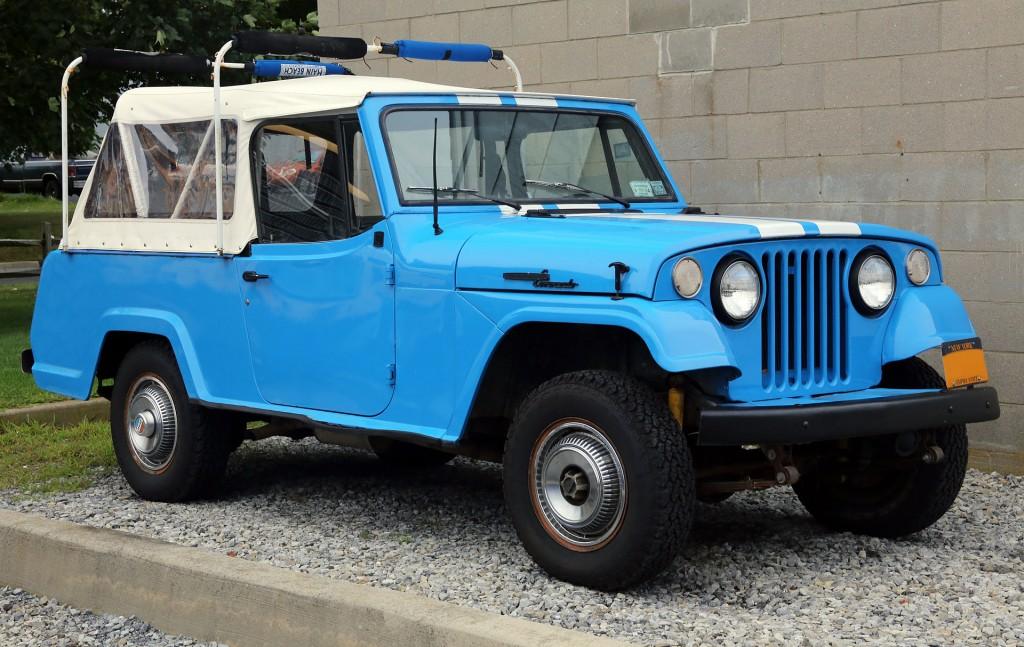 JWW45-1969_Jeepster_Commando_C101_in_blue